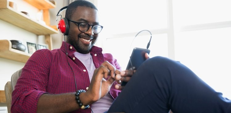 8 Podcasts That'll Help You With Small Talk -The Muse
