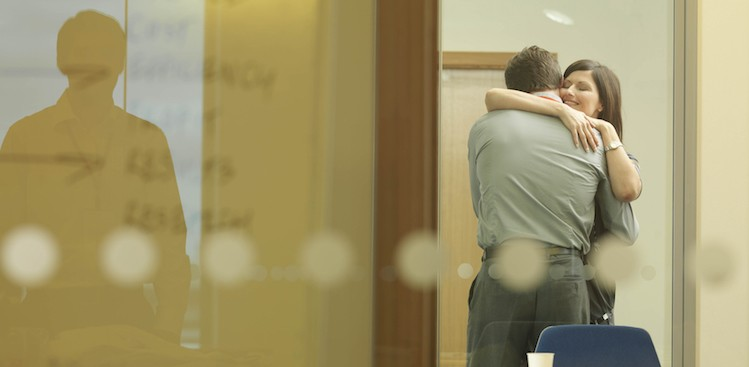 How to Tell Your Co-workers to Stop the PDA