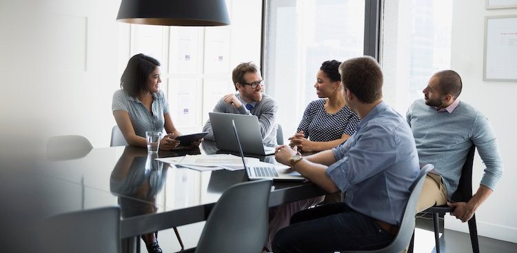 Career Guidance - How to Run Meetings That Don't Waste Everyone's Time, According to Top CEOs