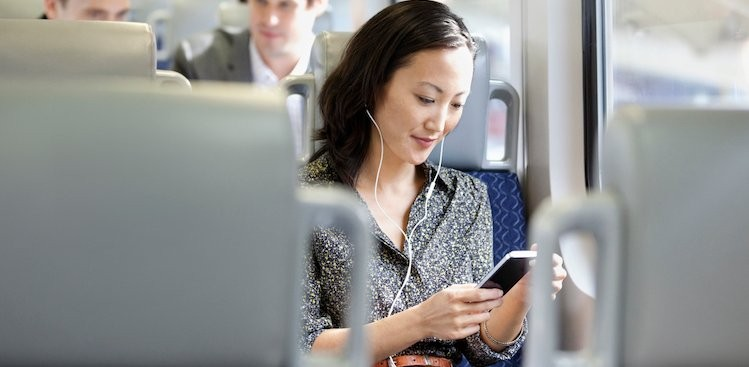6 Things to Do on Your Commute to Be Happier