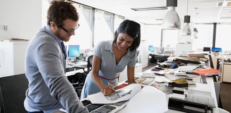 give employee feedback