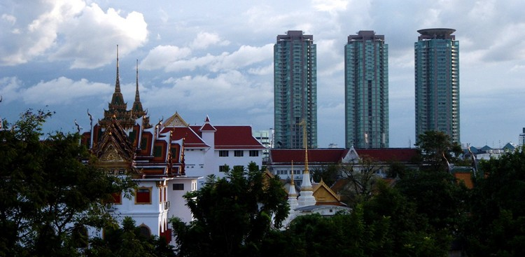 Career Guidance - 6 Career and Life Lessons I Learned in Thailand