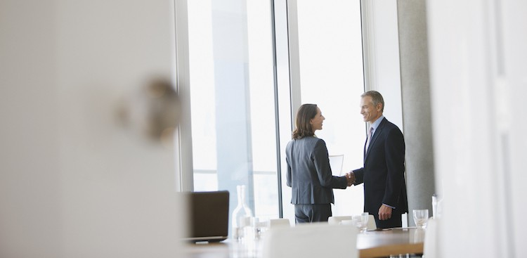 """Career Guidance - 3 Strategies for Personalizing Your Sales Pitch (and Getting to """"Yes"""" Faster)"""