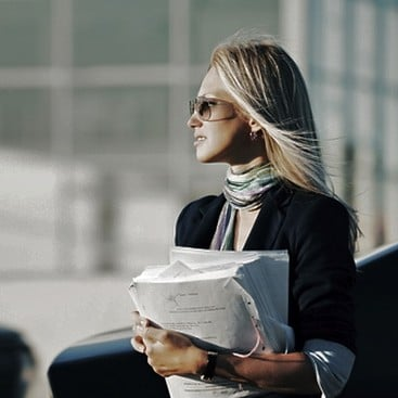Career Guidance - Office Peon With Big Ambitions? 5 Ways to Get Noticed