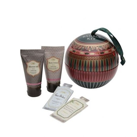 gift for business mentor: sabon bauble kit