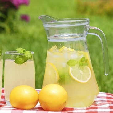 Career Guidance - If Your Job Gives You Lemons, Make Lemonade (and Start Selling it on the Side)