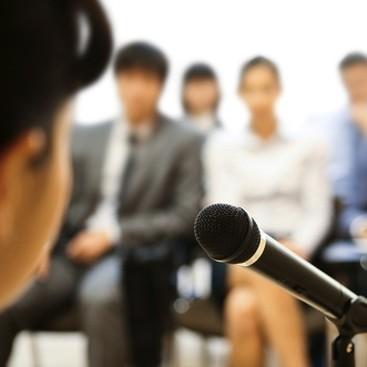 Career Guidance - 4 Qualities of Amazing Public Speakers