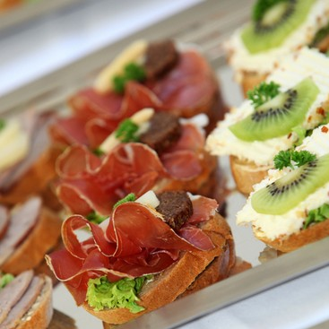 Career Guidance - Planning a Work Holiday Party? How to Pick the Right Menu