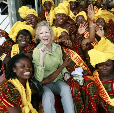 Career Guidance - How Everyone Can Give Back: Kathy Calvin and #GivingTuesday