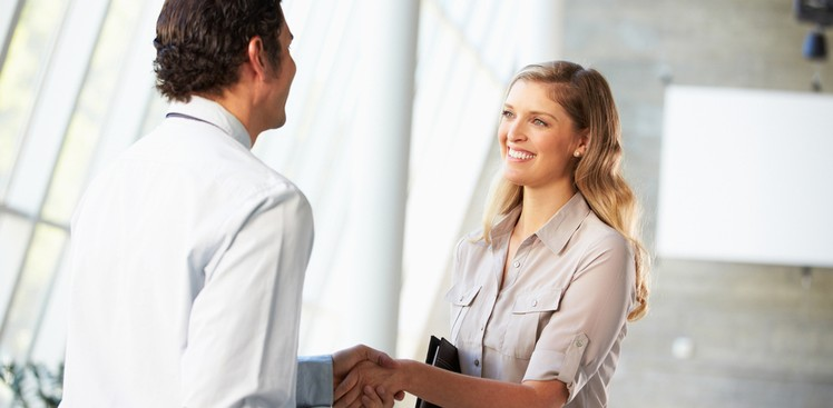 Career Guidance - Networking Up: How to Handle Lunch with a CEO