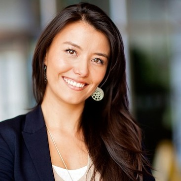 Career Guidance - Links We Love: Taking the Perfect Professional Portrait