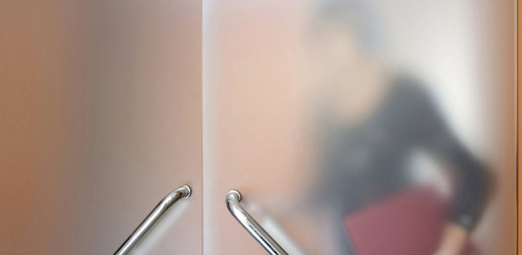 Career Guidance - Behind Closed Doors: What Shutting Your Door Says to Your Colleagues