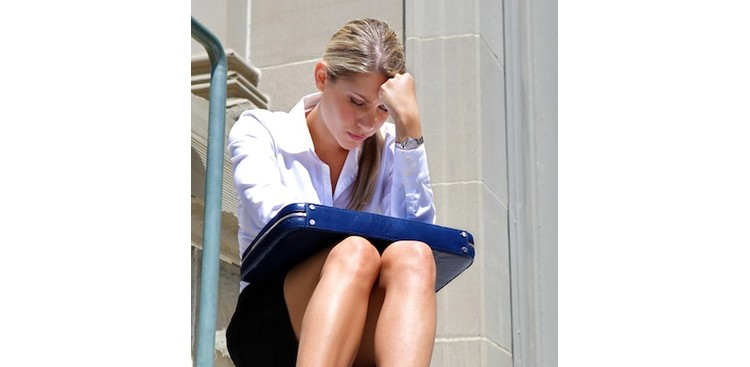 What to Say (and What Not To) When a Friend Gets Laid Off
