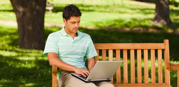 Career Guidance - 4 Ways to Beat the Summer Slowdown With Social Media