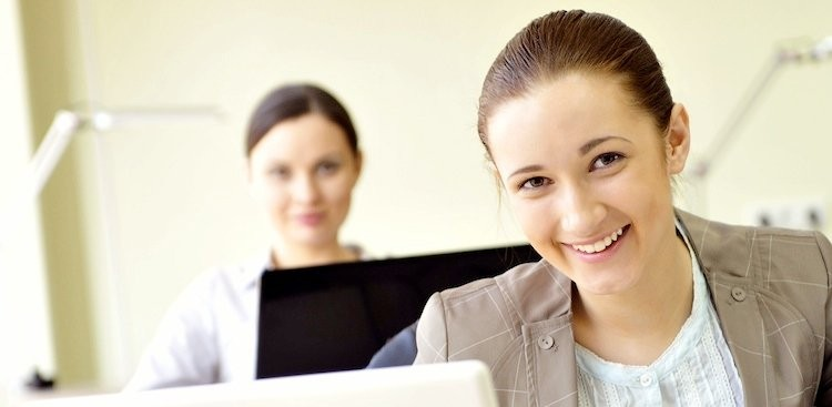 Career Guidance - Need a Helping Hand? 3 Myths About Hiring Your First Intern