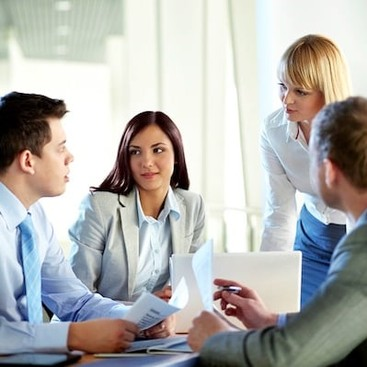 Career Guidance - Links We Love: Mastering the Art of the Meeting