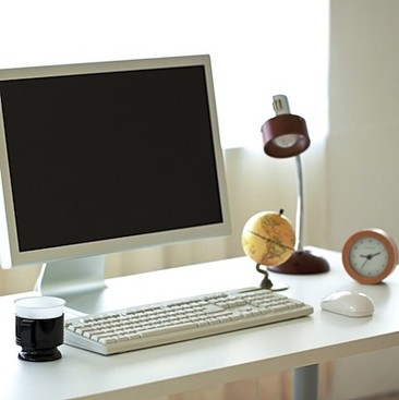 Career Guidance - What Does Your Desk Say About You?