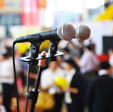Career Guidance - Public Speaking 101: 10 Must-Reads Before Your Next Presentation