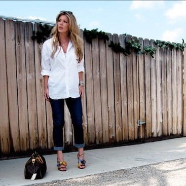 Career Guidance - 5 Awesome New Ways to Wear Your White Button-Down