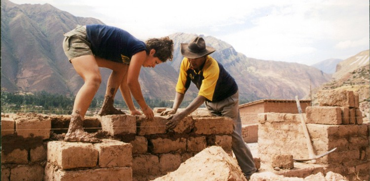 Career Guidance - How to Make a Real Impact on Your Volunteer Trip