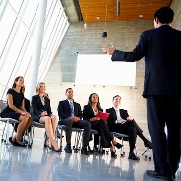 Career Guidance - Pro Presentation Tips: 7 Secrets to Winning the Room