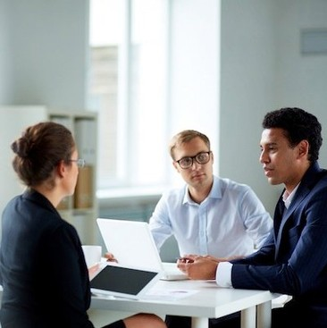 Career Guidance - Hiring Managers Tell Us: The Secrets of Standing Out