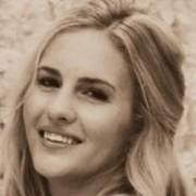 User Profile Avatar   Lisa Jones
