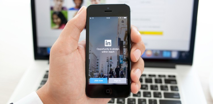 LinkedIn Tips - Improve Your LinkedIn Profile - The Muse